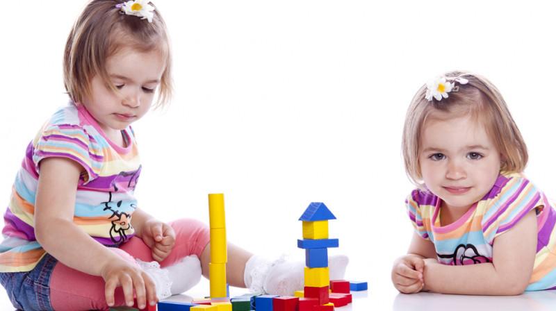 Kako igračke podstiču razvoj djeteta?